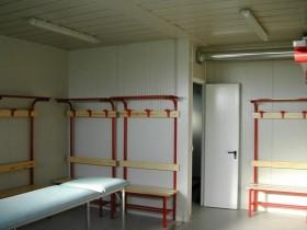 Box prefabbricato modulare adibito ad uso spogliatoio sportivo | Box & Box